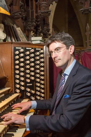 robert sharpe at the organ at York Minster